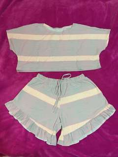 Pastel crop top and shorts