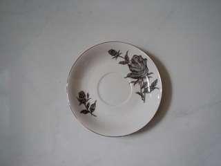 古老唐山單色玫瑰花陶瓷碟