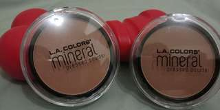 Pressed powder by L.A Mineral