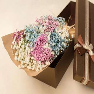 Baby Breath Bouquet in gifts box