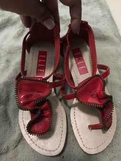 Elle sandals!