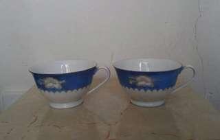 古老唐山陶瓷茶杯一對