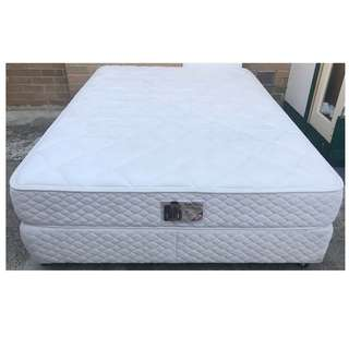 Excellent condition Sleep Maker Brand queen bed set for sale.