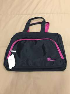 BNWT Authentic Skechers Gym Bag