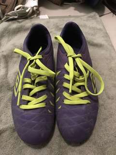 Soccer shoes UMBRO