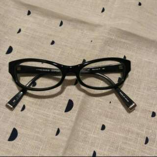 Kacamata Oliver People