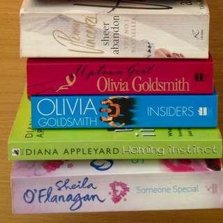 Girlie Novels including Olivia Goldsmith's Uptown Girl & Insiders
