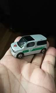 tomica nissan cube diecast 2008