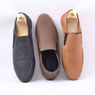 Sepatu Slip on casual pria kulit sapi asli azcost slank