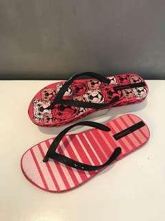 Kids Sneakers & Slippers