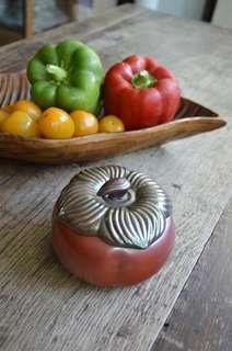 Ceramics Persimmon, container with lid