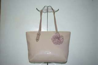 ON HAND BAGS: FREE SHIPPING