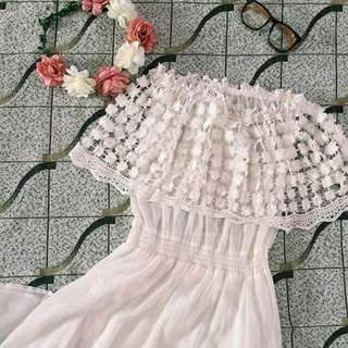 White floral embroid long dress