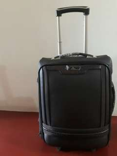 Summit mini travelling suitcase