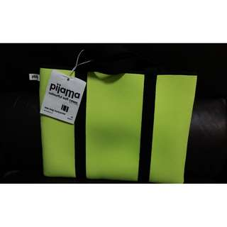 全新手提電腦袋 colourful soft cases(可孭上肩)