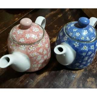 4 pcs Ceramic Teapot with strainer