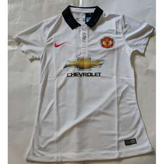 Cheap New Old Stock Manchester United Girl Jersey M p2p 43.5cm