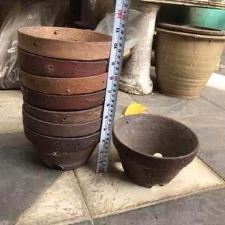 Vintage flower pot one for $4
