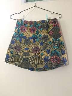 9成新短裙