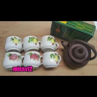 Teko & Cangkir Teh Keramik Motif Buah Set