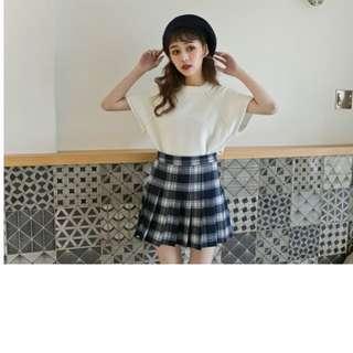 🚚 Lulus甜美風格紋百摺裙