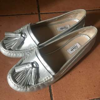 Clarks Narrative Silver Leather Flat Shoes