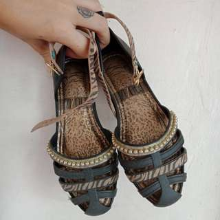 Auth Grenda Sandals for kids