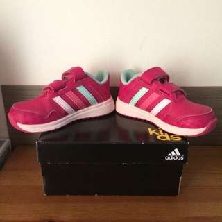 Preloved Adidas Shoes in very good condition