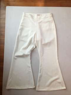 BN white crop bell bottom pants - size M