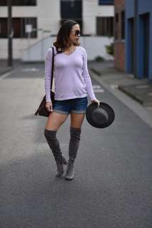 Seraphine Maternity pregnancy sweater & denim shorts set Xs