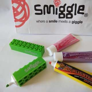 Smiggle highlighters