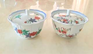 Set of 2 painted Japanese porcelain bowl with lid