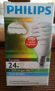 Lampu Philips Tornado 24W Free Bulb USB 2 Biji