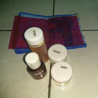 Cream HN  original