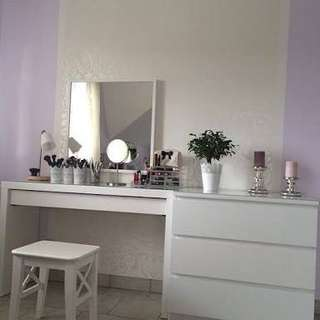 Vanity table, drawer and mirror set