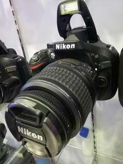 Kamera DSLR NIKON 5200D