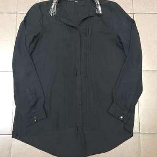 Black shirt with beaded collar