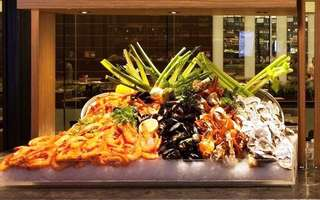 (Mon-Fri): Singapore Buffet Lunch for 1 Person