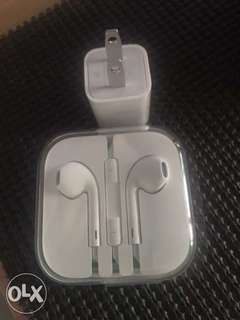 iPhone earphone 3.5mm and Charging adaptor