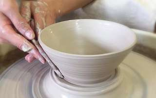 30-Minute Pottery Workshop for 1 Person