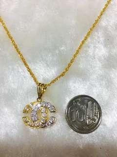 916 Gold CC Pendant