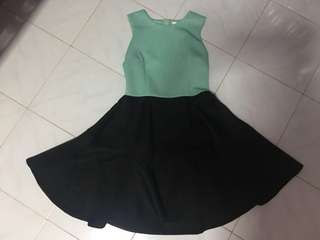 2colour dress