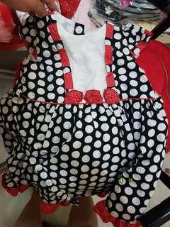 baju Donita size 3 ada 6 bj