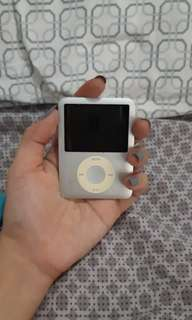 Apple ipod 4gb