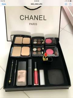 Chanel gift 9 in 1 ( Fast deal $80 )