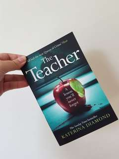 LN THE TEACHER THRILLER PAPARRBACK