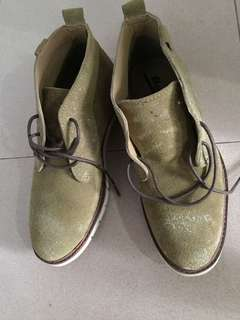 New Bata  casual shoes