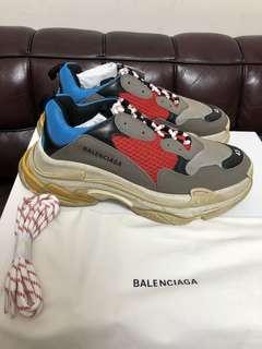 全新Balenciaga triple s sneaker new Sz 43 (有單)