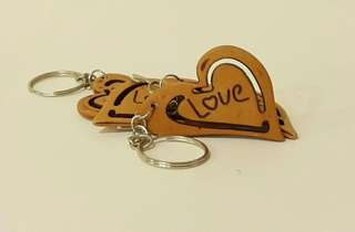"Keychains - 4 pcs wooden heart ""love"" engraving"