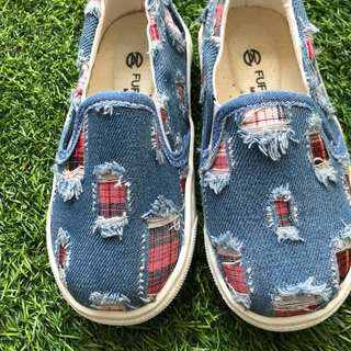 BN denim torn loafers from Taiwan